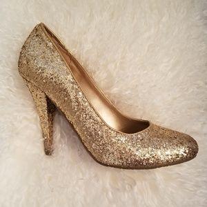 Gold chunky glitter pumps